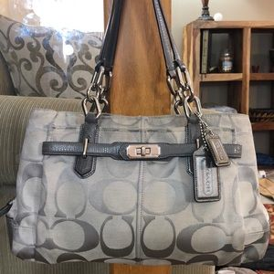 💕 Coach silver gray large jacquard satchel bag 💕